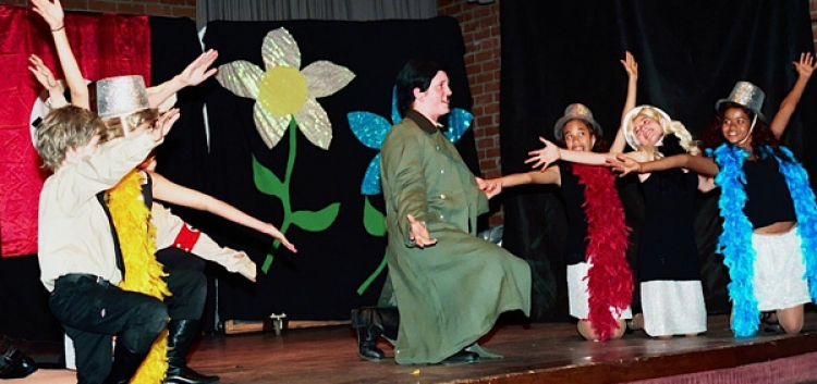 "Topanga Youth Services Musical ""The Producer's"" Scores a Hit"